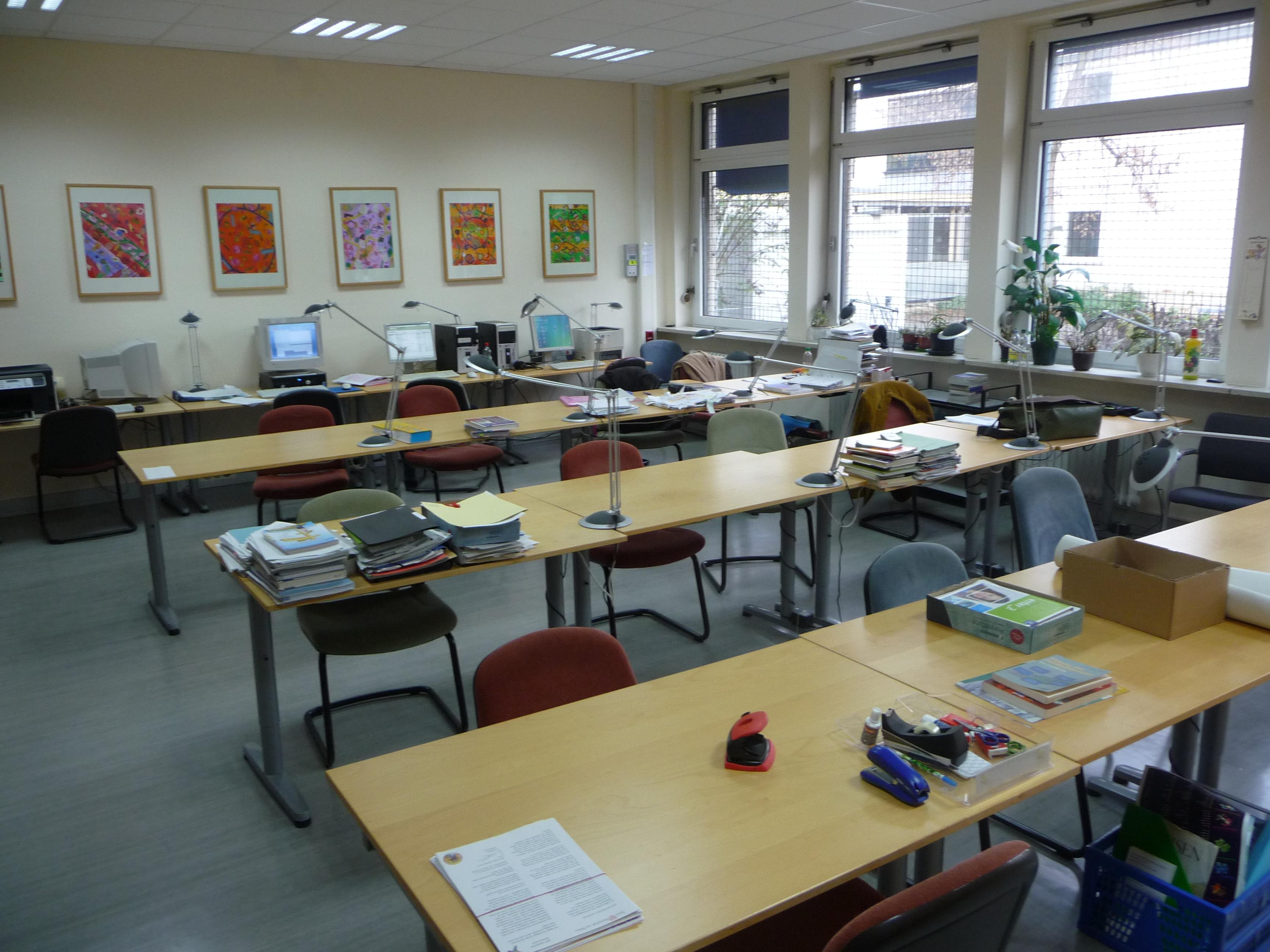 Lehrer-Arbeitsraum-103b